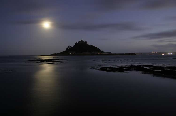 [Marazion - St Michael's Mount at Night, with Moon]