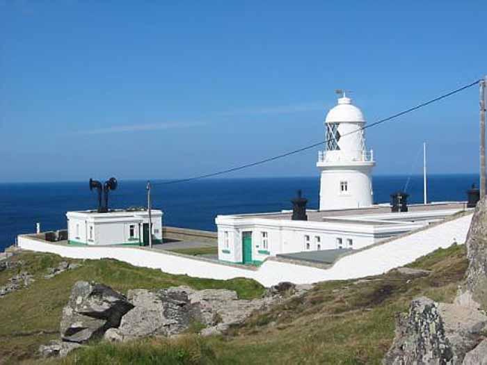 [Pendeen Watch Lighthouse, Cornwall]
