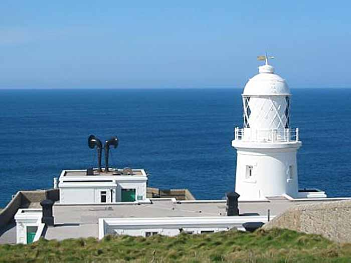 [Pendeen Lighthouse, Cornwall]