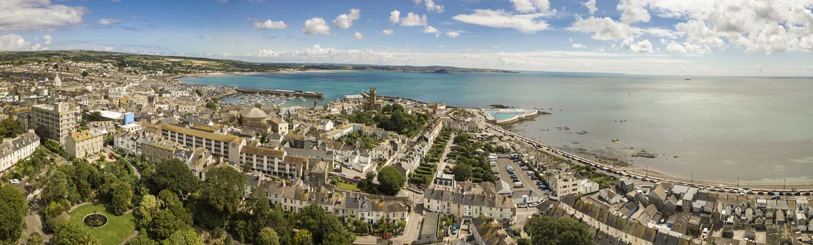 [Penzance - Aerial Panorama of the Town]