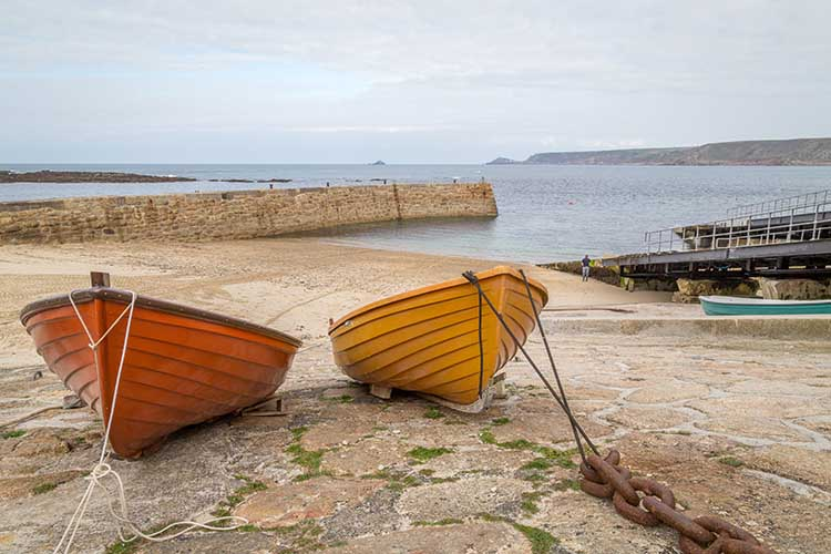 [Sennen Cove, Cornwall - Boats in the Harbour]