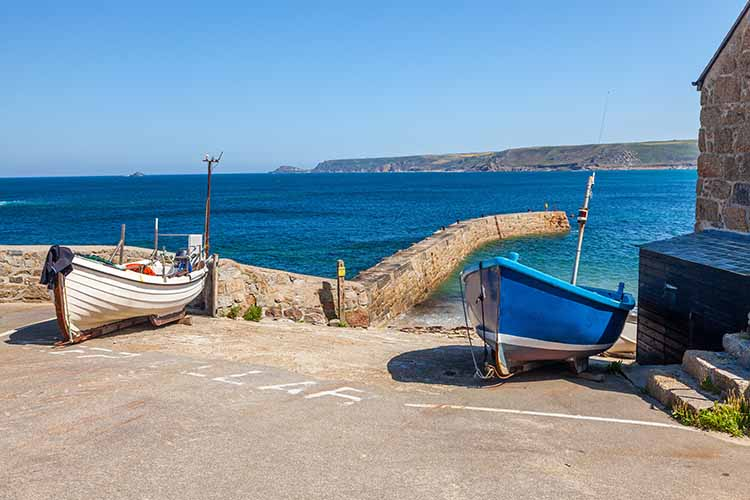 [Sennen Cove - Boats in Harbour]