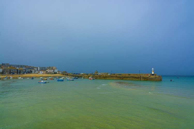 [St Ives - Harbour and Lighthouse]